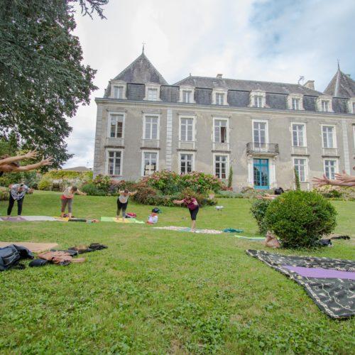 chateau retraite yoga